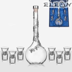Луксозен комплект за ракия 7 части, бутилка 700мл и 6 чашки с орнамент грозд, Freitas F32098