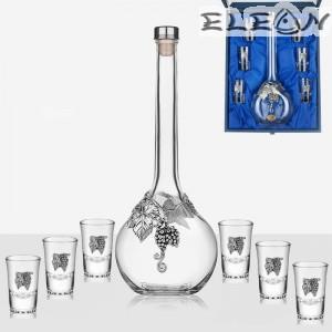 Луксозен комплект за ракия 7 части, бутилка 700мл и 6 чашки с орнамент грозд, Freitas F32270