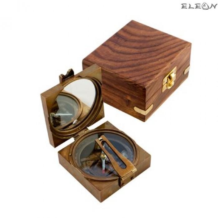 Бромтон в дървена кутия - Nautica Collection TK03