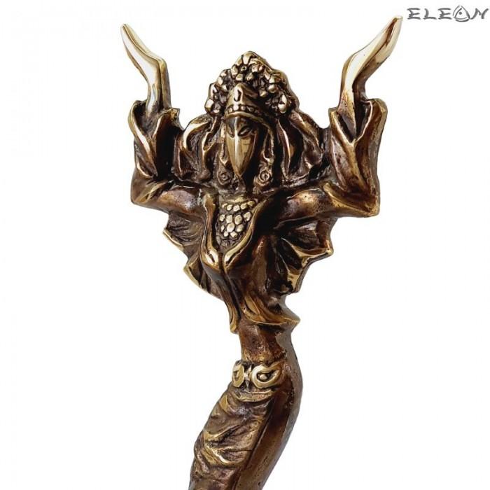 Месингова статуетка Нестинарка