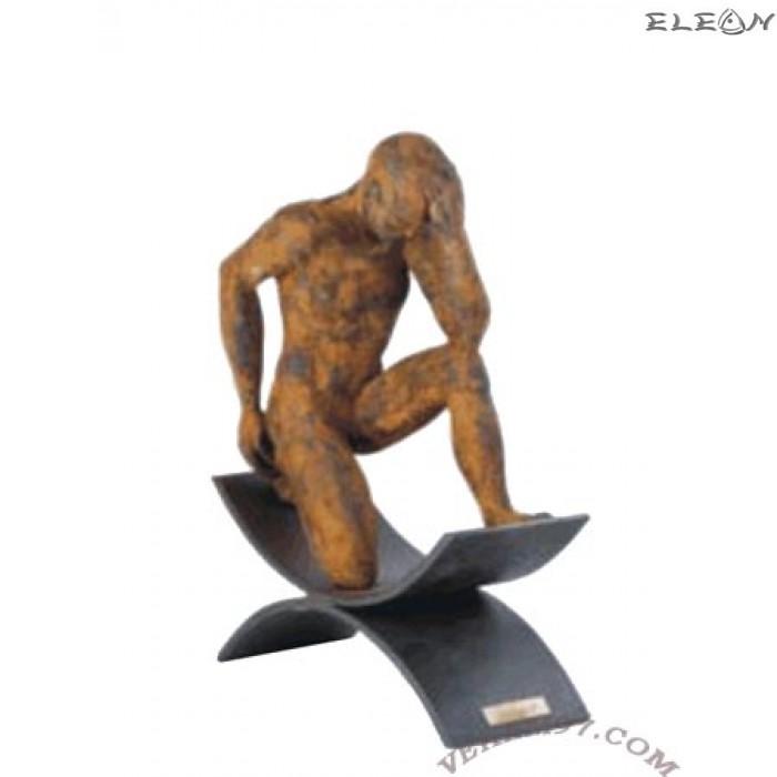 Статуетка ЗАМИСЛЕН МЪЖ