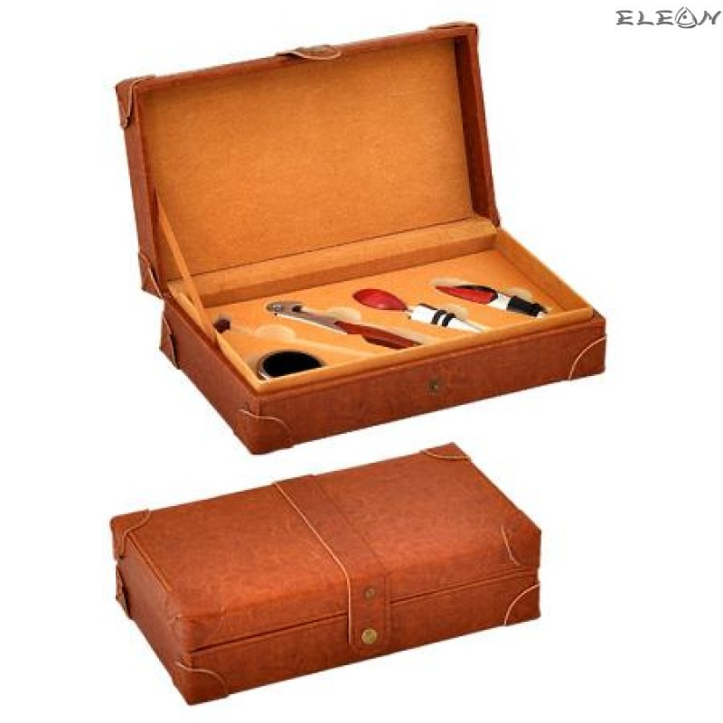 Комплект за вино от 5 части в елегантна кожена кутия UC06
