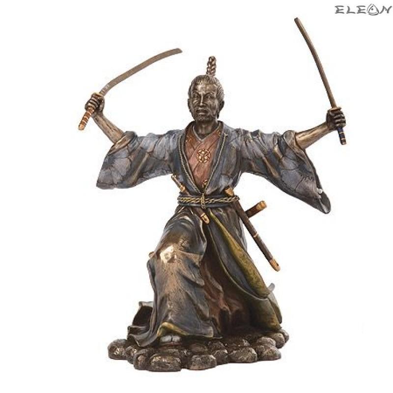 Статуетка Самурай 22см, изработена от полирезин