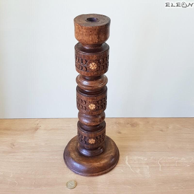 Свещник от масивно дърво с резбовани и струговани елементи