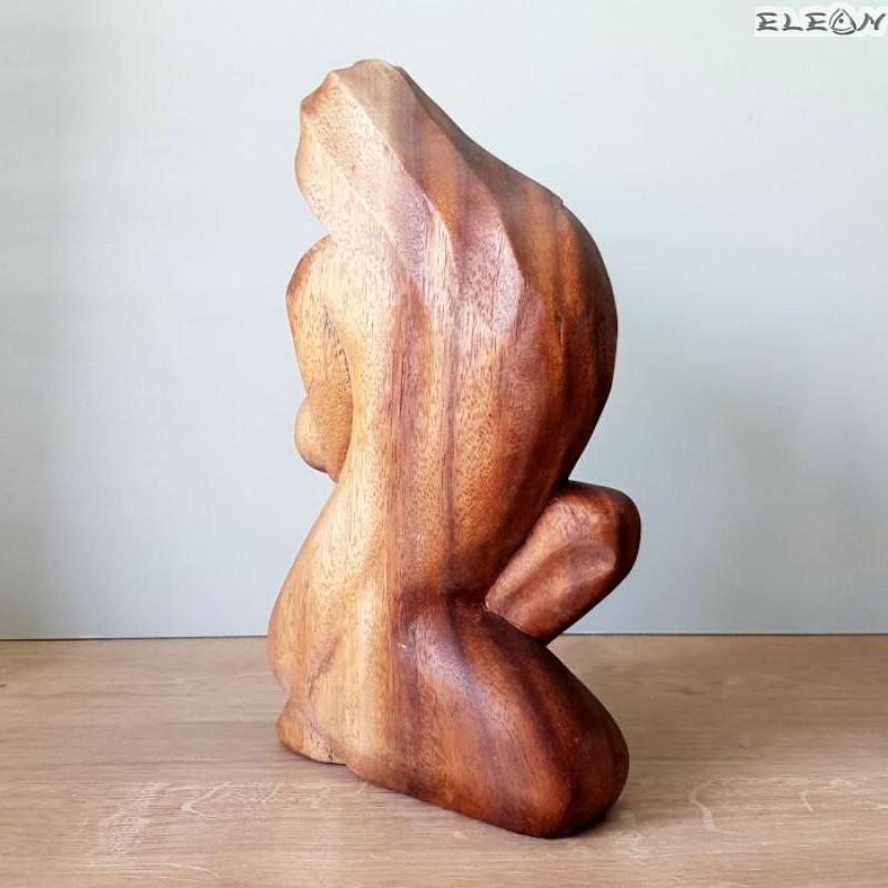 Статуетка Майчина Ласка, скулптура от дърво