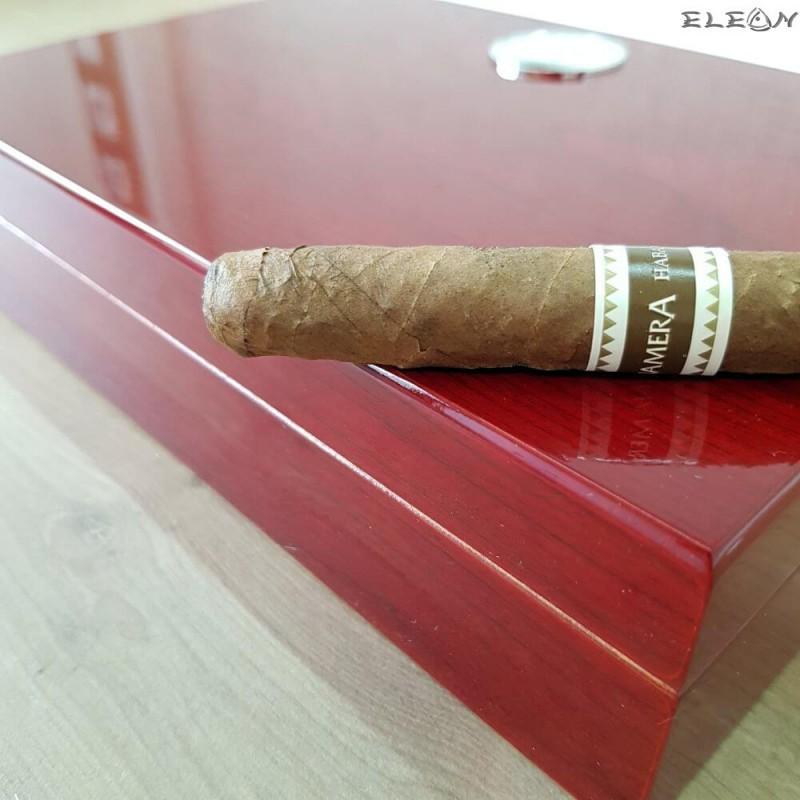 Преносима кутия за пури с външен влагомер в цвят череша. Малък хумидор побиращ до 10бр пури - ZA009423