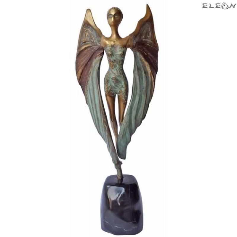 Статуетка от бронз 208 - ЖЕНА в ПОЛЕТ - НИКЕ
