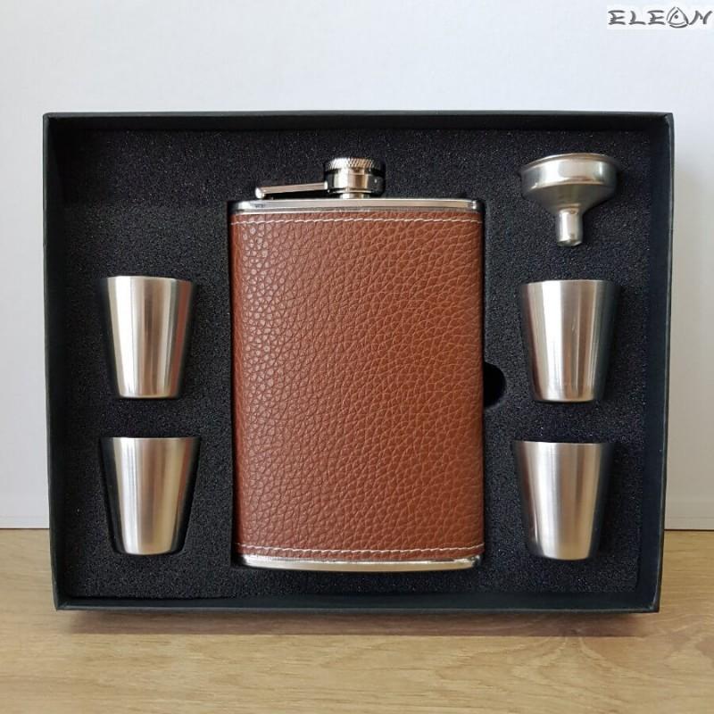 Джобна бутилка за алкохол с чашки, комплект 7 части, 240ml, ZP022274