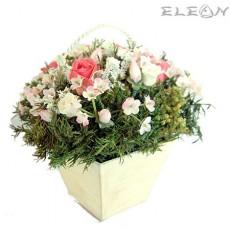 Кошничка с Декоративни Цветя DEL141 - 15см