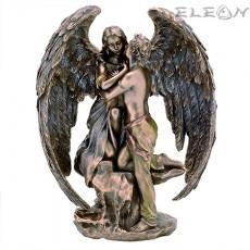 Статуетка на Ангел Пазител изработена от полирезин - Veronese