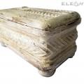 Антична дървена кутия за бижута и аксесоари