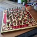 Игра на Шах мат с месингови фигури - Кръстоносци срещу Османци