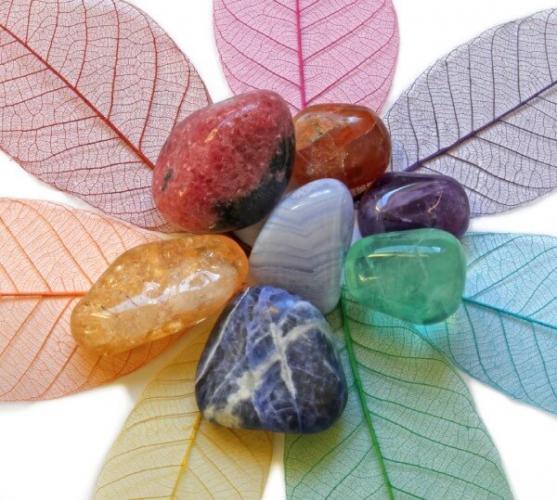 Силата на скъпоценните камъни и техните лечебни свойства